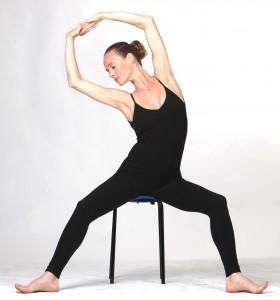 ג'ירוטוניק תל אביב | שיעור בשחרור ( הכתפיים, ובכלל...) לתנועה זורמת