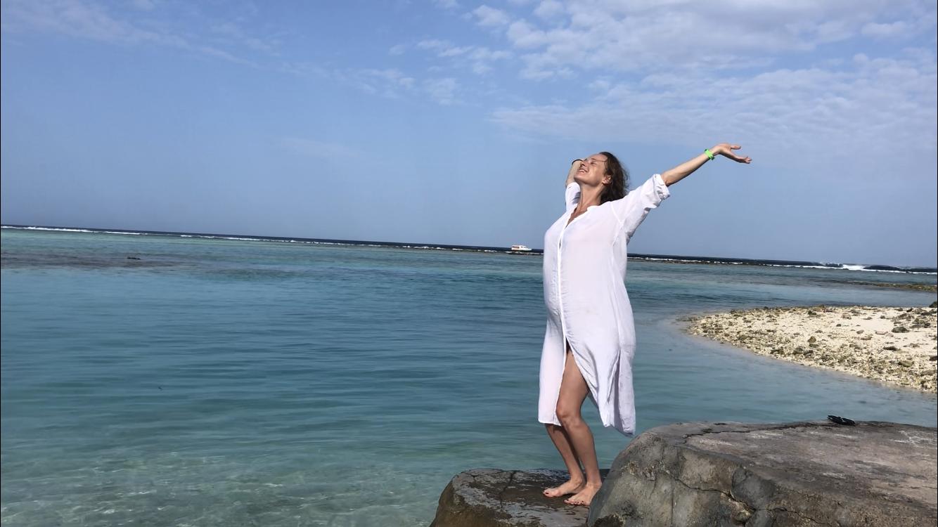 ג'ירוטוניק תל אביב   אימון ג'ירוקינסיס ביתי - תרגילים לחיזוק הבטן, הגב והיציבה